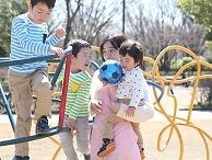 【認可保育園の保育士】派遣社員|大阪府|高槻市|高槻市駅からバス14分|プログラムもたくさんある楽しい保育園☆